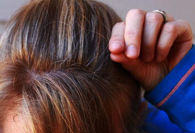 detail hlavy