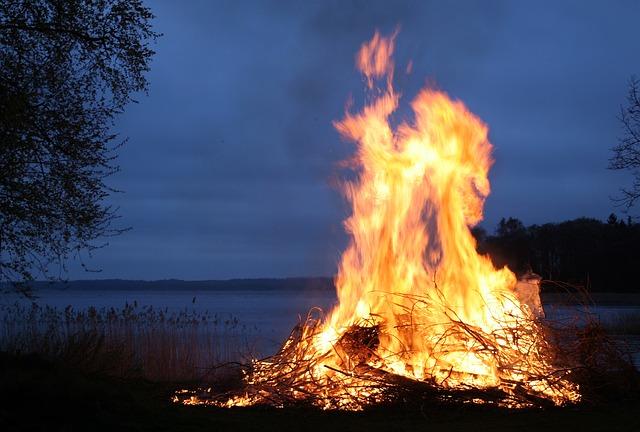 oheň u vody.jpg